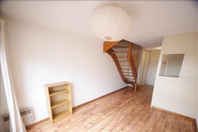 Appartement Bordeaux &bull; <span class='offer-area-number'>44</span> m² environ &bull; <span class='offer-rooms-number'>3</span> pièces