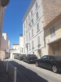 Appartement Toulon &bull; <span class='offer-area-number'>75</span> m² environ &bull; <span class='offer-rooms-number'>3</span> pièces