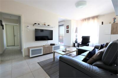 Appartement Yutz &bull; <span class='offer-area-number'>73</span> m² environ &bull; <span class='offer-rooms-number'>4</span> pièces