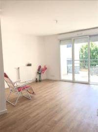 Appartement Fresnes &bull; <span class='offer-area-number'>72</span> m² environ &bull; <span class='offer-rooms-number'>4</span> pièces