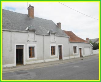 Maison Levet &bull; <span class='offer-area-number'>100</span> m² environ &bull; <span class='offer-rooms-number'>4</span> pièces