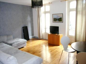Appartement Castres &bull; <span class='offer-area-number'>99</span> m² environ &bull; <span class='offer-rooms-number'>3</span> pièces