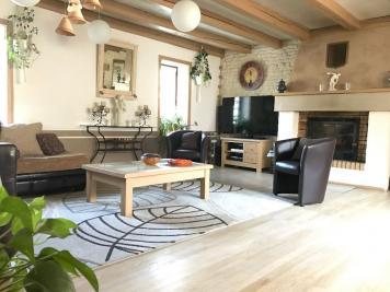 Maison Vouille les Marais &bull; <span class='offer-area-number'>141</span> m² environ &bull; <span class='offer-rooms-number'>6</span> pièces