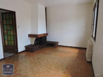 Maison Mehun sur Yevre &bull; <span class='offer-area-number'>88</span> m² environ &bull; <span class='offer-rooms-number'>4</span> pièces