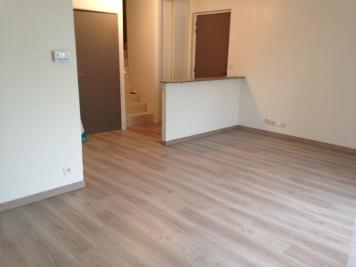 Appartement Meung sur Loire &bull; <span class='offer-area-number'>80</span> m² environ &bull; <span class='offer-rooms-number'>4</span> pièces