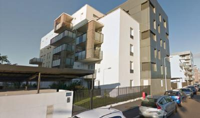 Appartement St Fons &bull; <span class='offer-area-number'>70</span> m² environ &bull; <span class='offer-rooms-number'>3</span> pièces