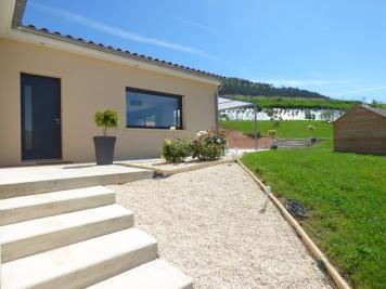 Maison La Roche Vineuse &bull; <span class='offer-area-number'>153</span> m² environ &bull; <span class='offer-rooms-number'>6</span> pièces