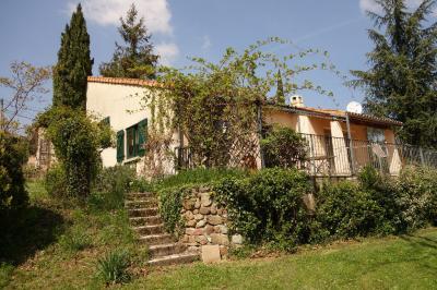 Maison St Julien du Serre &bull; <span class='offer-area-number'>100</span> m² environ &bull; <span class='offer-rooms-number'>5</span> pièces