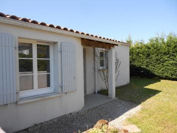 Maison Etaules &bull; <span class='offer-area-number'>88</span> m² environ &bull; <span class='offer-rooms-number'>4</span> pièces
