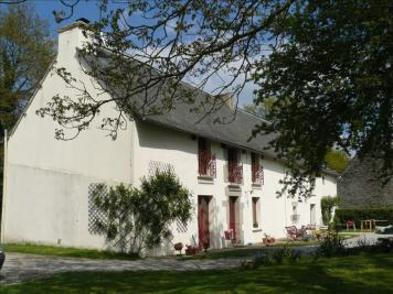 Maison Guillac &bull; <span class='offer-area-number'>223</span> m² environ &bull; <span class='offer-rooms-number'>10</span> pièces