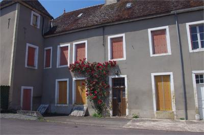 Appartement Arnay le Duc &bull; <span class='offer-area-number'>82</span> m² environ &bull; <span class='offer-rooms-number'>5</span> pièces