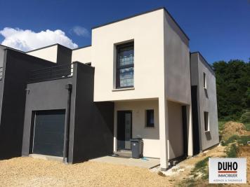 Maison Bousse &bull; <span class='offer-area-number'>118</span> m² environ &bull; <span class='offer-rooms-number'>6</span> pièces
