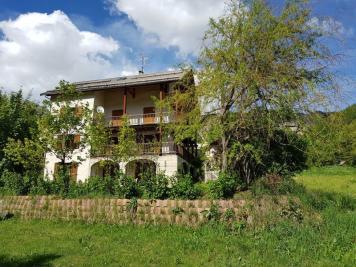 Maison Arvieux &bull; <span class='offer-area-number'>357</span> m² environ &bull; <span class='offer-rooms-number'>20</span> pièces