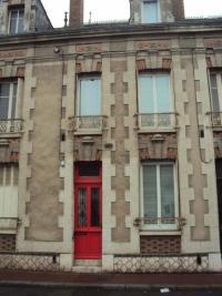 Maison Vendome &bull; <span class='offer-area-number'>111</span> m² environ &bull; <span class='offer-rooms-number'>5</span> pièces