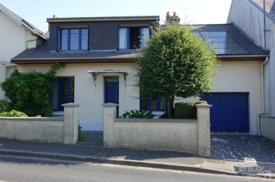 Maison Cherbourg Octeville &bull; <span class='offer-area-number'>93</span> m² environ &bull; <span class='offer-rooms-number'>5</span> pièces