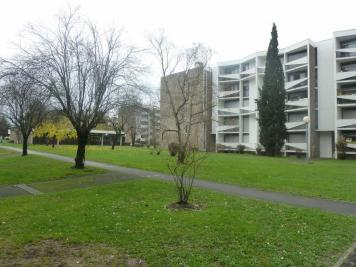 Appartement Pessac &bull; <span class='offer-area-number'>75</span> m² environ &bull; <span class='offer-rooms-number'>4</span> pièces