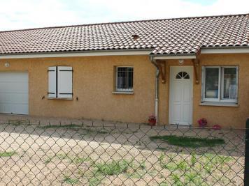 Maison Chaptuzat &bull; <span class='offer-area-number'>80</span> m² environ &bull; <span class='offer-rooms-number'>4</span> pièces