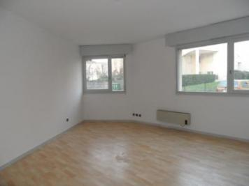 Appartement St Medard en Jalles &bull; <span class='offer-area-number'>33</span> m² environ &bull; <span class='offer-rooms-number'>1</span> pièce
