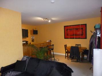 Appartement Aurillac &bull; <span class='offer-area-number'>71</span> m² environ &bull; <span class='offer-rooms-number'>3</span> pièces
