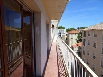Appartement Toulon &bull; <span class='offer-area-number'>48</span> m² environ &bull; <span class='offer-rooms-number'>2</span> pièces