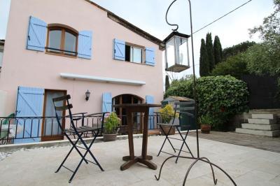 Maison Le Rouret &bull; <span class='offer-area-number'>100</span> m² environ &bull; <span class='offer-rooms-number'>5</span> pièces