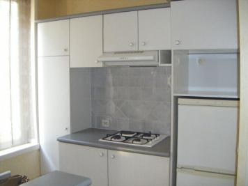 Appartement Troyes &bull; <span class='offer-area-number'>45</span> m² environ &bull; <span class='offer-rooms-number'>2</span> pièces