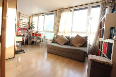 Appartement Meudon la Foret &bull; <span class='offer-area-number'>28</span> m² environ &bull; <span class='offer-rooms-number'>1</span> pièce