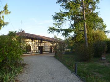 Maison Cras sur Reyssouze &bull; <span class='offer-area-number'>183</span> m² environ &bull; <span class='offer-rooms-number'>6</span> pièces