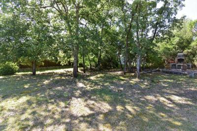 Terrain Martignas sur Jalle &bull; <span class='offer-area-number'>735</span> m² environ