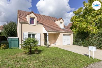 Maison Lieusaint &bull; <span class='offer-area-number'>130</span> m² environ &bull; <span class='offer-rooms-number'>6</span> pièces