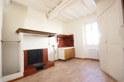 Maison Le Soler &bull; <span class='offer-area-number'>44</span> m² environ &bull; <span class='offer-rooms-number'>3</span> pièces