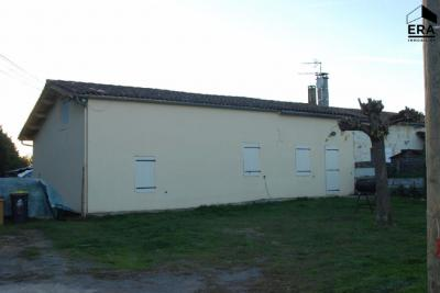 Maison St Vivien de Blaye &bull; <span class='offer-area-number'>132</span> m² environ &bull; <span class='offer-rooms-number'>6</span> pièces
