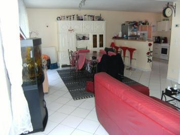 Maison Montreuil Juigne &bull; <span class='offer-area-number'>104</span> m² environ &bull; <span class='offer-rooms-number'>4</span> pièces