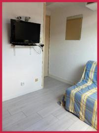 Appartement St Michel Chef Chef &bull; <span class='offer-area-number'>20</span> m² environ &bull; <span class='offer-rooms-number'>2</span> pièces