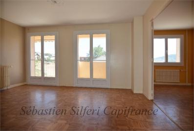 Appartement St Bonnet en Champsaur &bull; <span class='offer-area-number'>74</span> m² environ &bull; <span class='offer-rooms-number'>4</span> pièces