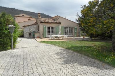 Maison St Vallier de Thiey &bull; <span class='offer-area-number'>150</span> m² environ &bull; <span class='offer-rooms-number'>6</span> pièces