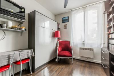 Appartement Boulogne Billancourt &bull; <span class='offer-area-number'>15</span> m² environ &bull; <span class='offer-rooms-number'>1</span> pièce
