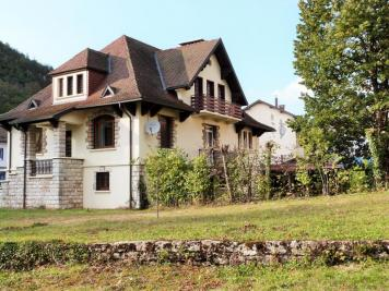 Maison Moirans en Montagne &bull; <span class='offer-area-number'>290</span> m² environ &bull; <span class='offer-rooms-number'>10</span> pièces