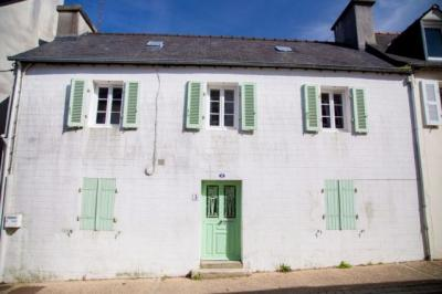 Maison La Roche Maurice &bull; <span class='offer-area-number'>80</span> m² environ &bull; <span class='offer-rooms-number'>4</span> pièces