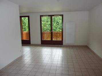 Appartement Le Touvet &bull; <span class='offer-area-number'>95</span> m² environ &bull; <span class='offer-rooms-number'>4</span> pièces