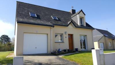 Maison St Jouan de l Isle &bull; <span class='offer-area-number'>100</span> m² environ &bull; <span class='offer-rooms-number'>6</span> pièces