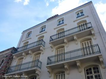 Appartement Dinard &bull; <span class='offer-area-number'>60</span> m² environ &bull; <span class='offer-rooms-number'>3</span> pièces