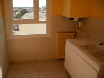 Appartement Montelimar &bull; <span class='offer-area-number'>66</span> m² environ &bull; <span class='offer-rooms-number'>4</span> pièces