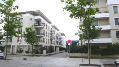 Appartement Mantes la Jolie &bull; <span class='offer-area-number'>58</span> m² environ &bull; <span class='offer-rooms-number'>3</span> pièces