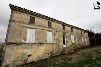 Maison St Vivien de Blaye &bull; <span class='offer-area-number'>103</span> m² environ &bull; <span class='offer-rooms-number'>3</span> pièces
