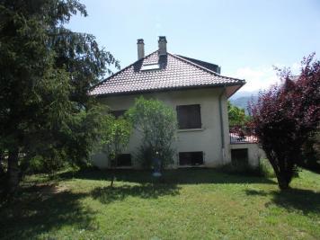 Maison La Terrasse &bull; <span class='offer-area-number'>157</span> m² environ &bull; <span class='offer-rooms-number'>7</span> pièces