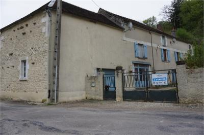 Maison Venoy &bull; <span class='offer-area-number'>87</span> m² environ &bull; <span class='offer-rooms-number'>3</span> pièces