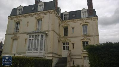Appartement Deauville &bull; <span class='offer-area-number'>85</span> m² environ &bull; <span class='offer-rooms-number'>4</span> pièces