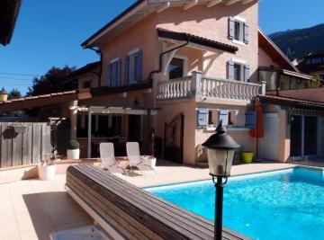 Maison St Cergues &bull; <span class='offer-area-number'>150</span> m² environ &bull; <span class='offer-rooms-number'>4</span> pièces
