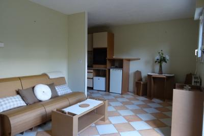 Appartement Courdimanche &bull; <span class='offer-area-number'>28</span> m² environ &bull; <span class='offer-rooms-number'>1</span> pièce